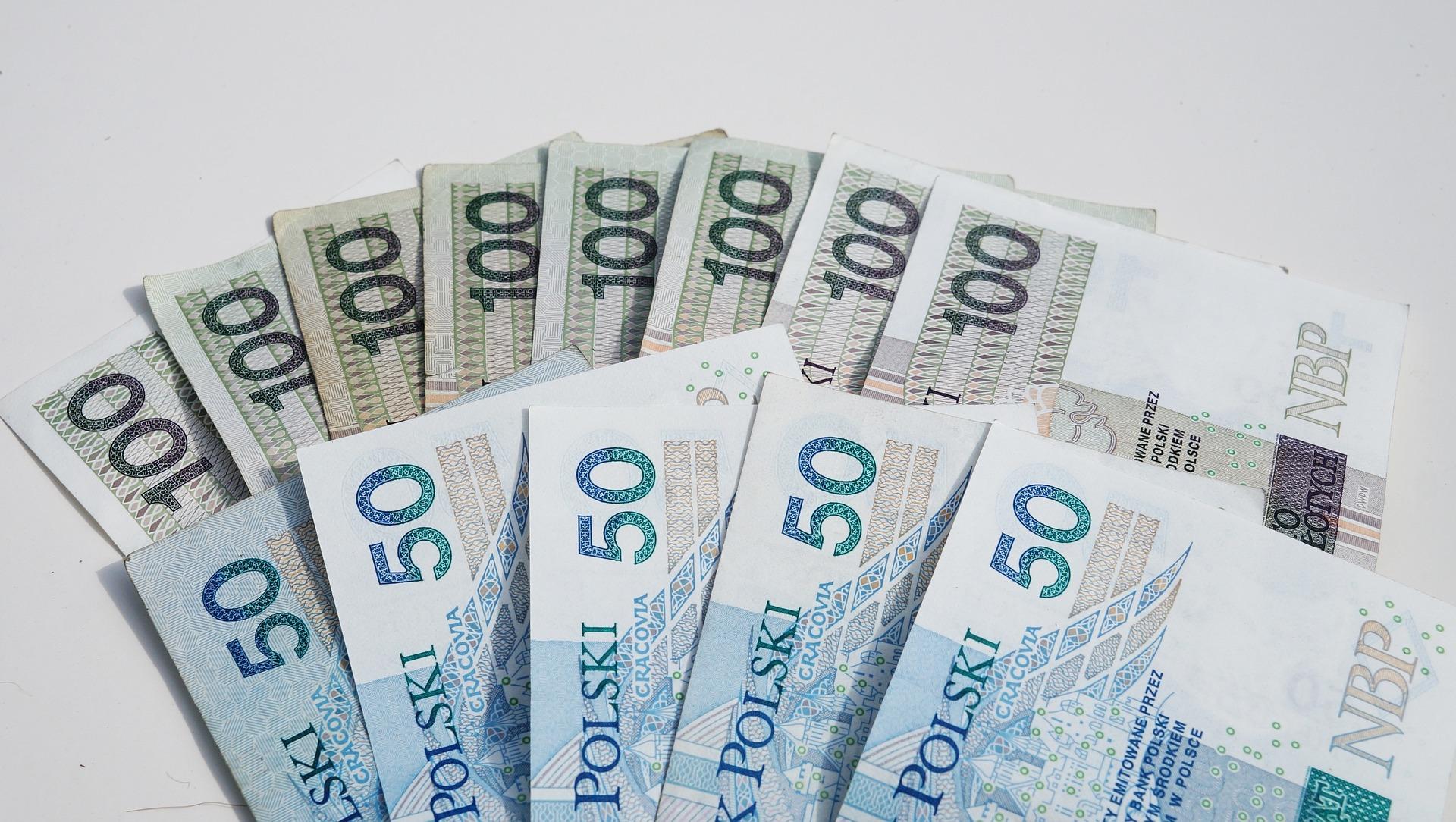Urząd marszałkowski rozdał 106 milionów przedsiębiorcom